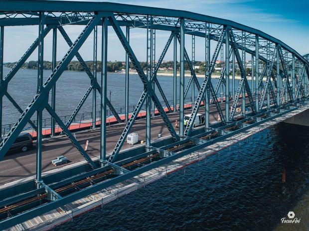 Zdjęcie numer 11 w galerii - Modernizacja mostu im. Piłsudskiego za 123 mln zł. Tak wygląda z drona