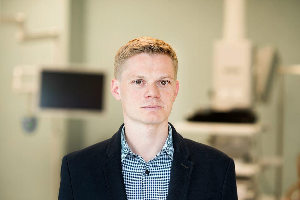 Zdjęcie numer 2 w galerii - Prof. Michał F. Kamiński: Rak jelita grubego długo nie daje objawów. Chroni przed nim kolonoskopia, która trwa tylko 20 minut