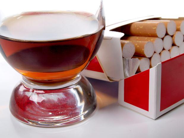 Papierosy i alkohol będą drożeć do 2027 roku. Jest plan podwyżki akcyzy