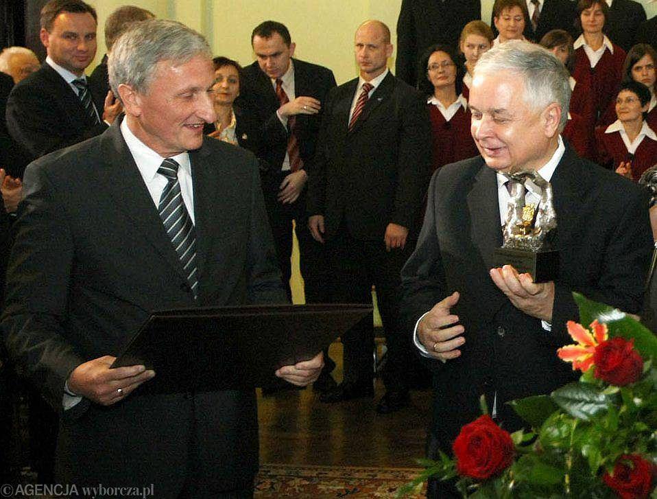 09.11.2009 Nowy Sącz, od lewej: wiceprzewodniczący Rady Miasta Jerzy Wituszyński, Prezydent Lech Kaczyński