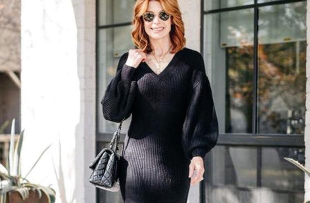 ciepłe sukienki dla kobiet po 50-tce