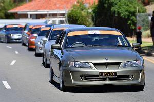 Lockdown w Australii: kwarantanna za 3 tys. dol. i szybująca sprzedaż luksusowych aut