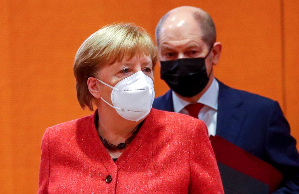 Angela Merkel i Olaf Scholz