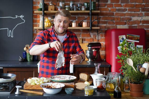 Tomasz Jakubiak to znany i ceniony w Polsce szef kuchni.