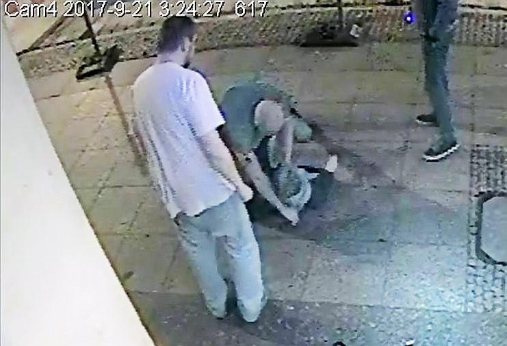Policja szuka podejrzanych o pobicie. Poznajesz ich?
