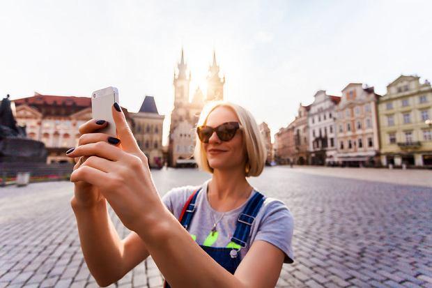 Polska jest dla Czechów rajem telefonii komórkowej. Czy Czesi będą kupować polskie karty?