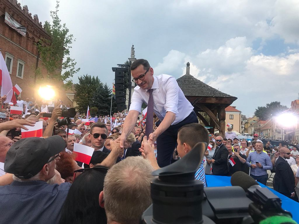 Mateusz Morawiecki spotkał się z sympatykami w Sandomierzu
