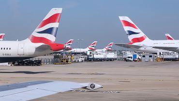 Samoloty British Airways na londyńskim Heathrow.