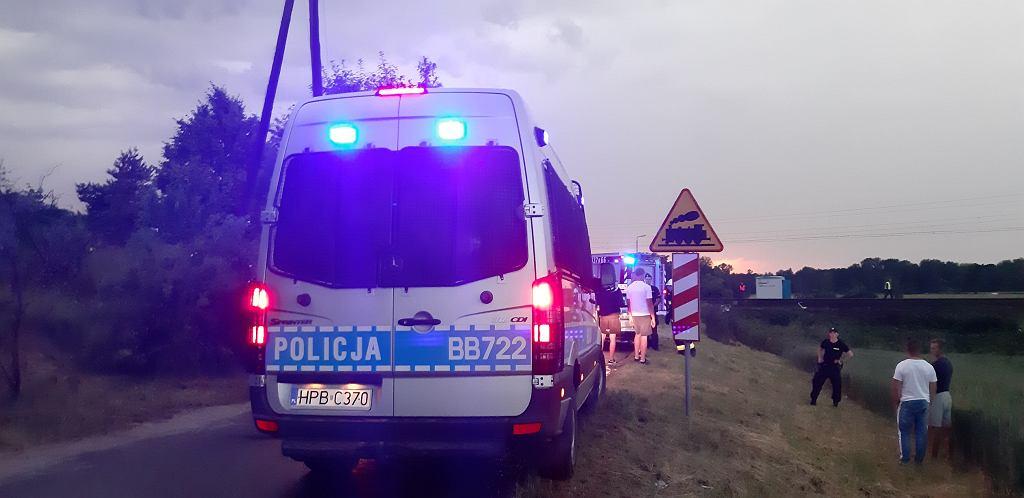 Nowa Wieś Kącka. W wypadku na przejeździe kolejowym zginęło 5 osób