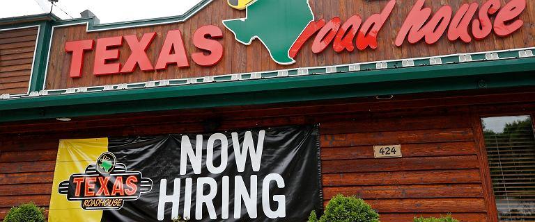 Zaskakujące dane z USA - bezrobocie spadło. Trump: To rakieta