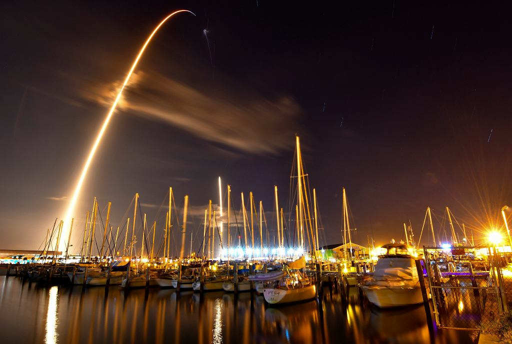 Start rakiety SpaceX z misją Zuma