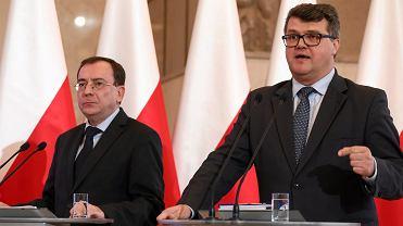 Minister koordynator Mariusz Kamiński i wiceminister Maciej Wąsik.