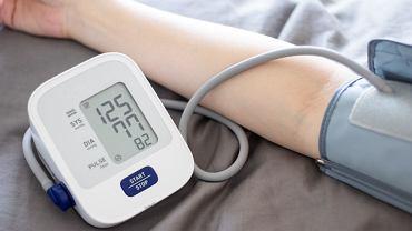 Kontroluj ciśnienie krwi przy każdej okazji. To nie kosztuje, a może cię uchronić przed poważnymi konsekwencjami nadciśnienia tętniczego