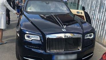 Rolls Roycem na komunię