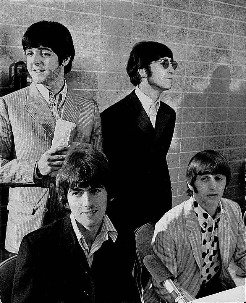 The Beatles dwa tygodnie po wydaniu 'Revolvera'
