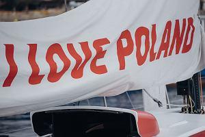 Polska Fundacja Narodowa wydała miliony dolarów w USA. Profile społecznościowe z garstką obserwujących