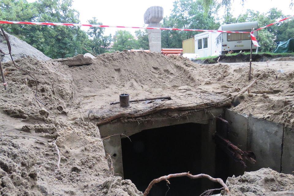 Odkryty korytarz podziemny pod gorzowskim Kwadratem