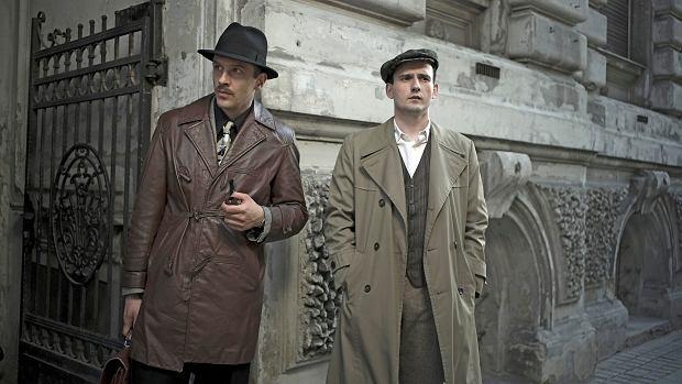 Kadr z serialu 'Ludzie i bogowie'