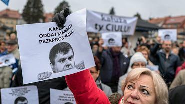 Demonstracja przeciwko Wojciechowi Kałuży i jego przejściu do PiS-u, Żory, 24 listopada 2018..