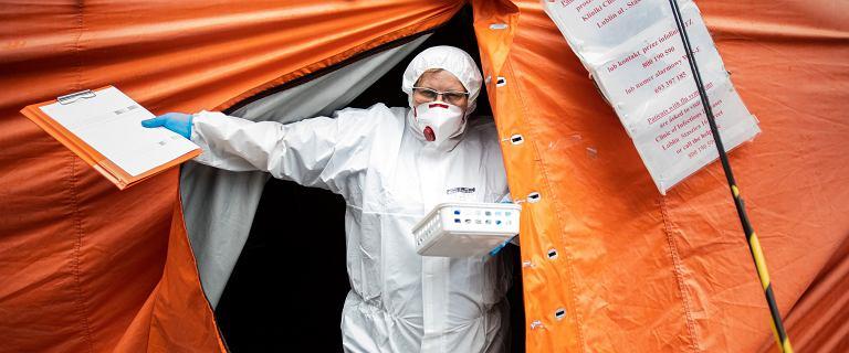 Ministerstwo Zdrowia: Ponownie 1,5 tys. nowych zakażeń SARS-CoV-2