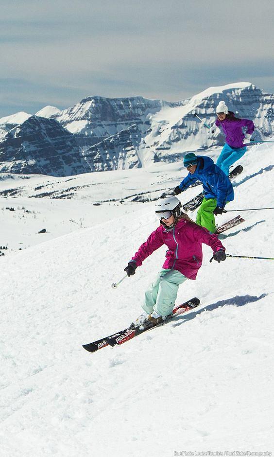 Dobrze dobrana bielizna termoaktywna gwarantuje komfort w czasie uprawiania sportów zimowych.