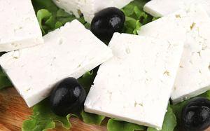 Alkohol w kuchni: jak dobrać wino do sera, ser feta
