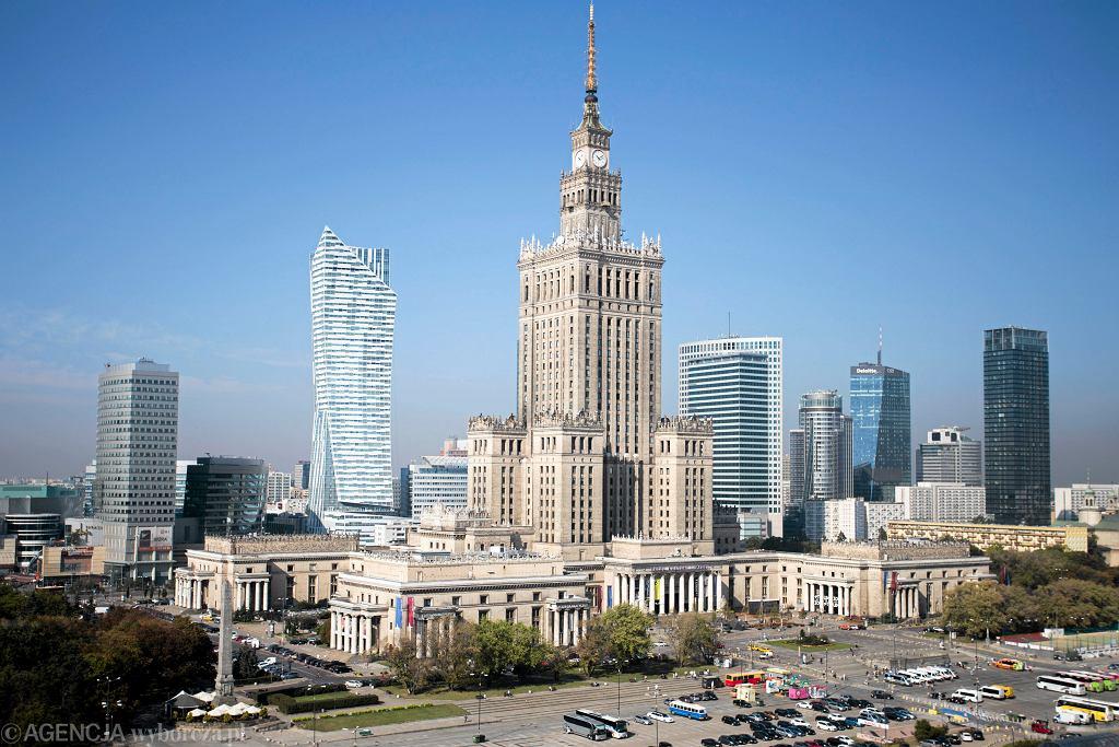 Widok na centrum Warszawy z dachu Universalu.