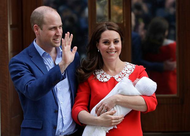 Książę William, księżna Kate i jej trzecie dziecko, syn Louise