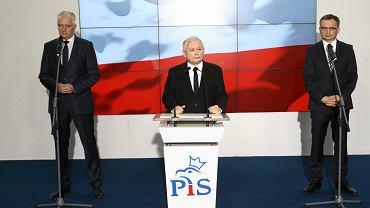 Liderzy Zjednoczonej Prawicy, od lewej: Jarosław Gowin, Jarosław Kaczyński, Zbigniew Ziobro