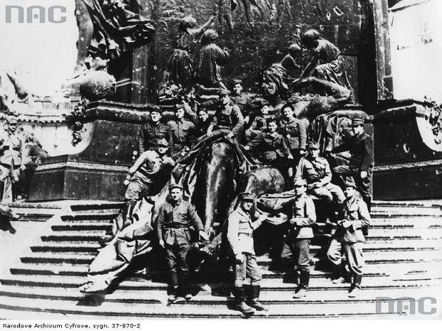 Żołnierze 1 Armii Wojska Polskiego w Berlinie, 1945