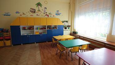 Zasiłek opiekuńczy - komu przysługuje w związku z zamknięciem przedszkoli i żłobków