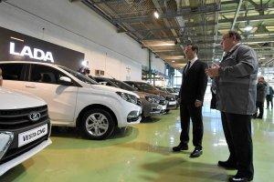Renault uratuje producenta auta Łada przed plajtą?