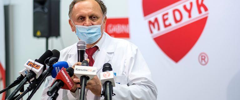 """Szef CM Medyk polecił wielokrotne szczepienie jednorazowymi strzykawkami? """"Odwołano"""""""