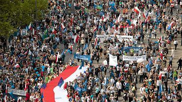 Marsz Wolności na pl. Bankowym w Warszawie