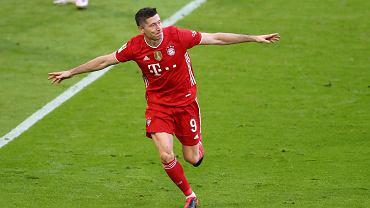 Wszyscy w Bayernie chcą, by Lewandowski pobił rekord. Wystarczy zobaczyć, co robili Mueller, Alaba i Flick
