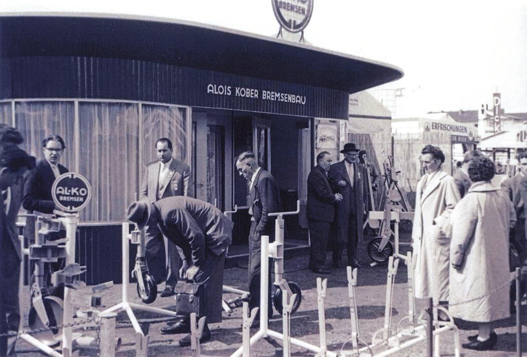 Prezentacja sprzętu AL-KO. Hannover-Messe 1959 rok.