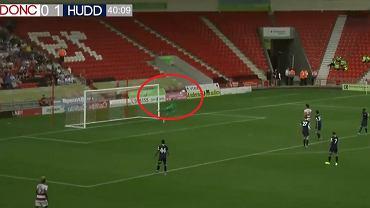 Kamil Grabara zachwycił w debiucie w Huddersfield Town