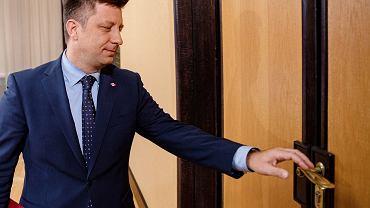 Nadal nie wiadomo, kto stoi za atakiem hakerskim na skrzynkę mailową szefa gabinetu premiera Michała Dworczyka.