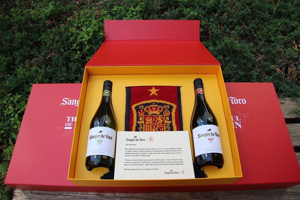 Reprezentacja Hiszpanii przygotowała prezent dla Polaków