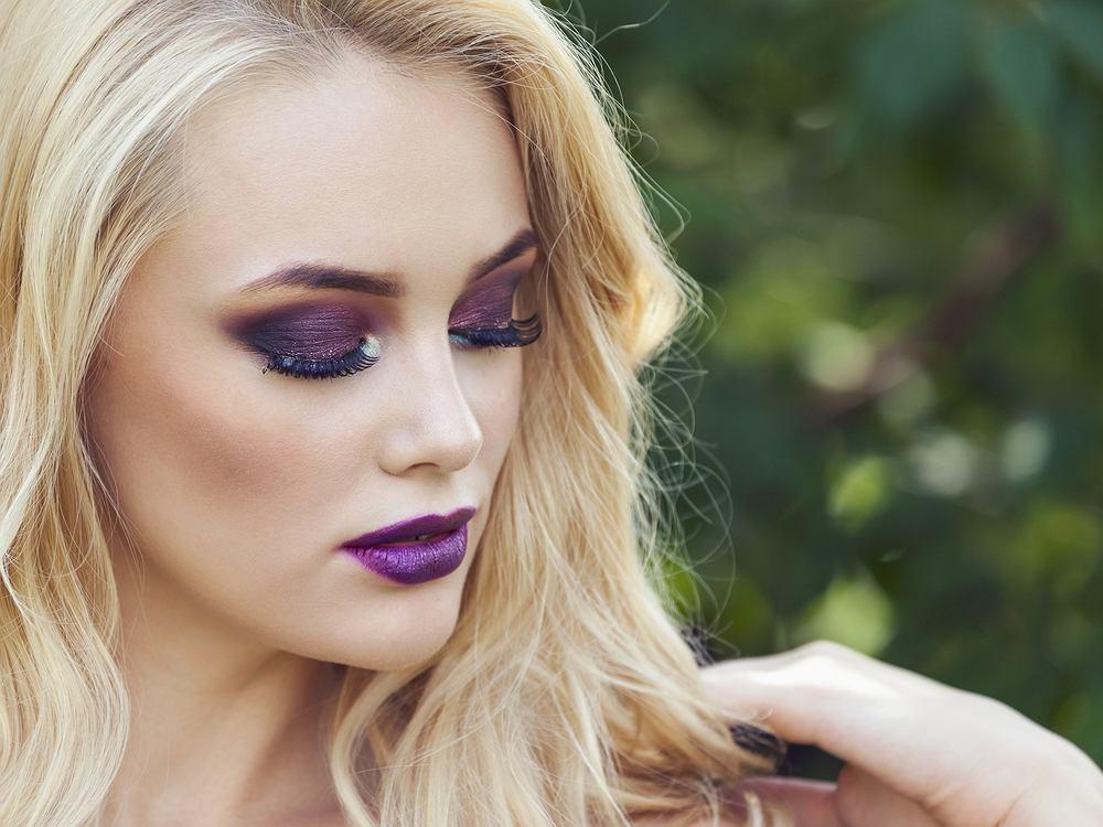 Modny makijaż na sezon jesień/zima 2019. Jak się nie malować? Pięć najczęstszych błędów
