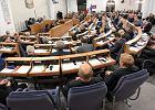 Wybory prezydenckie 2015. Senat za referendum zaproponowanym przez Komorowskiego. Głosował tylko jeden senator z PiS