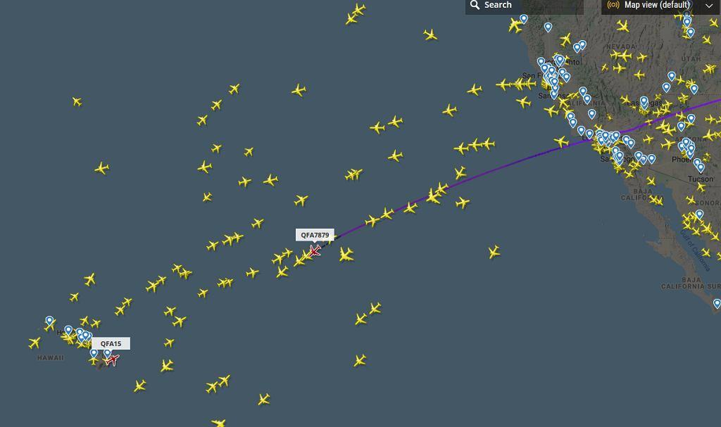 Najdłuższy lot świata. Samolot linii Qantas zbliża się do Hawajów.