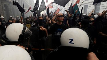 Zamieszki 1 maja podczas marszu nacjonalistów pod hasłem 'Narodowe Święto Pracy'