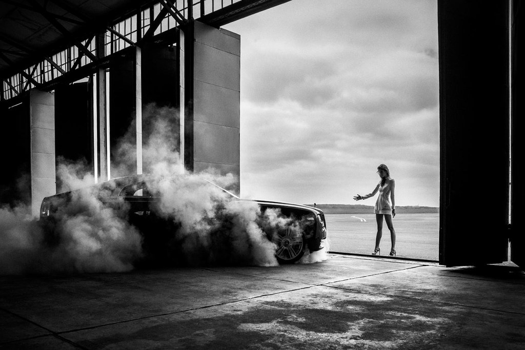 Ludwika Ciechecka i Rolls-Royce Wraith