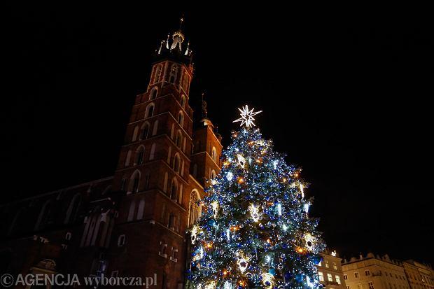 30.11.2019 Krakow , Rynek Glowny . Zapalenie choinki . Fot. Adrianna Bochenek / Agencja Gazeta