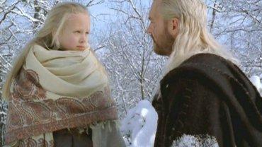 """Pamiętacie śliczną blondwłosą Ciri, księżniczkę Cintry w """"Wiedźminie""""? W jej rolę wcieliła się Marta Bitner, wtedy raptem 10-latka. Zobaczcie jak teraz wygląda."""