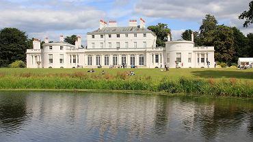 Frogmore House - to tutaj odbyło się przyjęcie weselne książęcej pary. Kilkanaście metrów dalej znajduje się ich rodzinny dom - Frogmore Cottage
