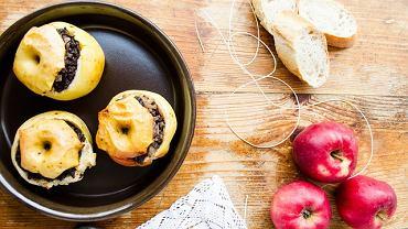 Jabłka nadziewane kaszanką