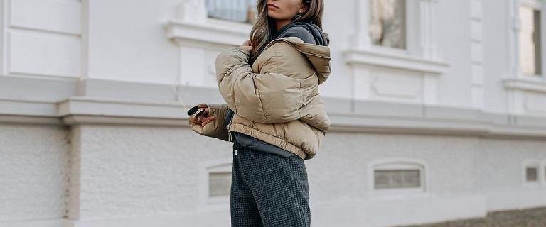 Spodnie wykonane z tego materiału są miękkie i pozwalają naszej skórze oddychać! Modele idealne na co dzień