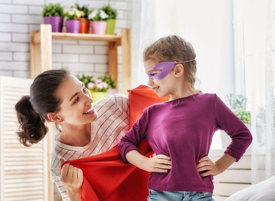 Zabaw w przebieranki. Dzieci ją uwielbiają